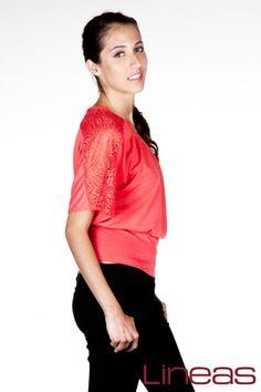 Playera Modelo 18052 Precio $120 MXN Colores: Azul Rey, Coral y Verde. #Lineas #outfit #moda #tendencias #2014 #ropa #prendas #estilo #moda #primavera #playera