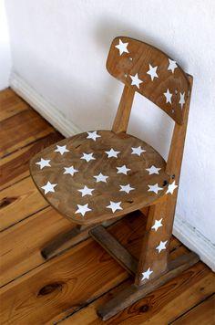 DIY : kids chair with white stars by www.maikitten.de