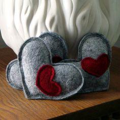 3 Wool Catnip Kitty Hearts par smilingfrogpets sur Etsy
