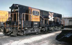 New Haven Railroad DERS-3 FM H16-44 locomotive # 598, is s… | Flickr