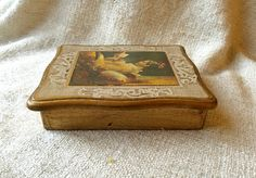 LITTLE GOLDEN BOX Beautiful Italian Gilded Florentine Box Made in Italy Trinket of Jewelry Box Wonderfully Shabby Lovely Antique Gold Patina