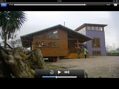 """I loved this house on """"Grand Design"""". Grand Designs, Small Houses, Cabin, House Styles, Home Decor, Little Houses, Tiny Houses, Decoration Home, Small Homes"""