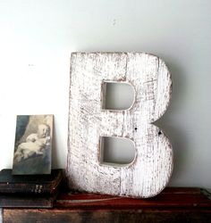 White Wooden Letter B Shabby Cottage Chic by SecondNatureWoodwork Rustic Shabby Chic, Shabby Chic Cottage, Rustic Decor, Rustic Letters, Wood Letters, Letter B, Letter Wall, Wooden Crafts, Diy Crafts