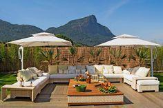 Desfrute de seu Jardim ou Quintal sem Medo Do Sol:  Ombrelones e Toldos | Ideias Construção Piscinas