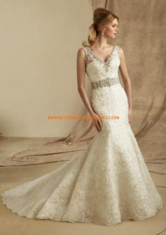 This AF Couture wedding dress collection features show stopping bridal gowns that combine timeless elegance with a modern twist for your walk down the aisle. Mori Lee Wedding Dress, Wedding Dresses 2014, Wedding Dress Styles, Bridal Dresses, Bridesmaid Dresses, Prom Dresses, Wedding Gowns, Dress Vestidos, Strapless Dress
