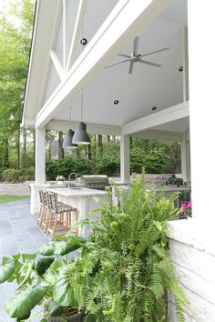 Outdoor Kitchen and Pool House Project Reveal. The Creativity Exchange Outdoor Kitchen and Pool House Project Reveal. The Creativity Exchange Backyard Kitchen, Outdoor Kitchen Design, Patio Design, Outdoor Kitchens, Garden Design, House With Porch, House Front, Modern Farmhouse Exterior, Farmhouse Style