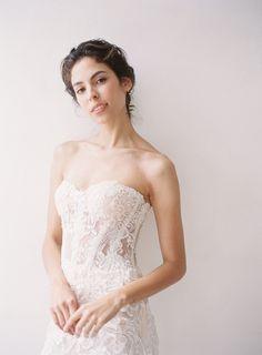 Strapless elegant bridal gown by designer Hannah Kong for her 2018 collection. Loving the feminine bodice! Bridal Gowns, Wedding Dresses, Bridal Collection, Bodice, Feminine, Elegant, Design, Style, Fashion
