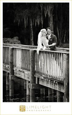 Limelight Photography, www.stepintothelimelight.com, Tampa Palms Country Club, Bride and Groom, Bridge
