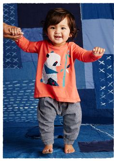 Colorful, well-made and stylish, we have baby girl outfits for any occasion. Shop cute baby girl clothes at Tea Collection.