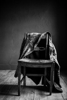Bw Photography, Black And White, Chair, Furniture, Photographs, Castle, Home Decor, Decoration Home, Black N White