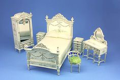 Beautiful White Bedroom Suite Deluxe Range - Dolls House Gallery