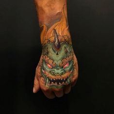 hand tattoos Foo Dog hand piece by Patrick ( done at Chronic Ink Tattoo - Toronto, Canada Japanese Tattoos For Men, Japanese Tattoo Designs, Japanese Tattoo Art, Japanese Sleeve Tattoos, Foo Dog Tattoo, Sick Tattoo, Dog Tattoos, Sunset Tattoos, Hand Tattoos For Guys