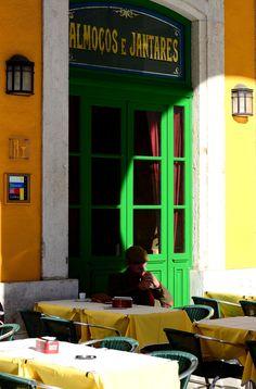 Café-Restaurante Martinho da Arcada, Lisboa (1782)  Portugal