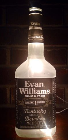 Check out more items at  https://www.etsy.com/listing/237006572/evan-williams-kentucky-straight-bourbon #whisky #kentucky #evanwilliams   #bourbon #lighted #bottle #lamp Visit lightitupcreations.com