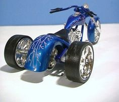 Trike conversions and Trike conversion kits, Custom Motorcycle Trikes: Santiago Chopper Cafe Racer, and Norley Cafe Racer