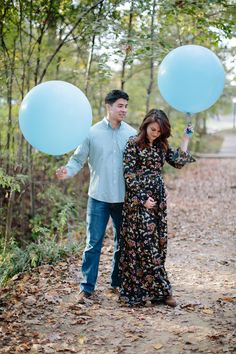 Gender Reveal with Balloons // www.polishedclosets.com