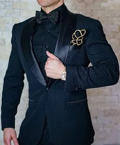 c3bb326840e35e One of our most popular pieces! Zibellino Honeycomb Dinner Jacket! Get  yours today.