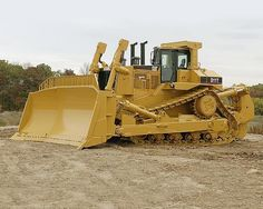 Heavy Equipment: Cat D11T