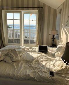 bedroom art hoe Beautiful Aesthetic Bedroom Design ideas For Your Home Part 35 Cozy Bedroom, Bedroom Inspo, Bedroom Ideas, White Bedroom, Bedroom Inspiration, Dream Rooms, Dream Bedroom, Master Bedroom, Decor Room