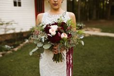 check out this stunner! Bridal Bouquet to make you swoon! Photo credit the incredible Elizabeth Hoard Photography