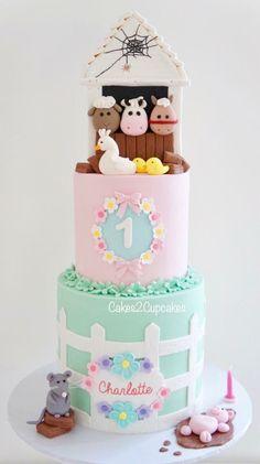 Animal Birthday Cakes, Farm Animal Birthday, Farm Birthday, Birthday Ideas, Barnyard Cake, Farm Cake, Farm Themed Party, Farm Party, Girl 2nd Birthday