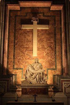 La Pieta by Michelangelo, at St Peter's Basilica Michelangelo Pieta, Visit Rome, Rome Florence, La Pieta, Voyage Rome, Image Jesus, St Peters Basilica, Vatican City, Place Of Worship