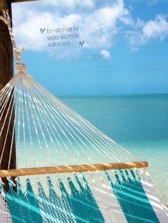 En el mar la vida es más sabrosa!!! @Yvette Lara