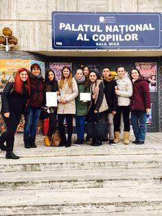 """Trupa de teatru în limba spaniolă """"Carpe Diem"""" a Liceului Teoretic """"Eugen Pora"""" din Cluj-Napoca, liceu cu program de Bacalaureat…"""