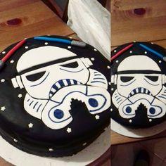 Star Wars Cake Star Wars Cake, 2d, Cakes, Stars, Desserts, Tailgate Desserts, Scan Bran Cake, Kuchen, Sterne