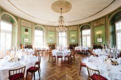 BELLE WEDDING   Hochzeitsplanung #weddingplanner #hochzeitsplaner #swiss Planer, Table Settings, Table Decorations, Wedding, Furniture, Home Decor, Google, Deco, House