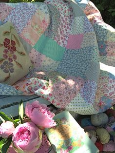 Summer and quilts in the HenHouse garden