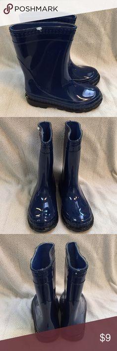 Blue toddler rain boots Blue toddler rain boots. Excellent condition! Size 10 Shoes Rain & Snow Boots