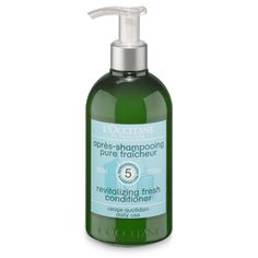 This silicone-free conditioner gently detangles and helps hair stay clean longer by revitalizing it for a long-lasting refreshing sensation. This non