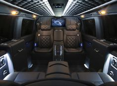 Mercedes-Benz Viano Charisma schwarzes Interieur - Auto Shows in Germany – Appointments from January 2019 Mercedes Benz Viano, Mercedes Sprinter, Mercedes Vito Camper, Sprinter Van, Best Car Interior, Truck Interior, Interior Design, Bespoke, Car Interior Upholstery