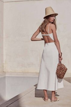 Myrium Dress - Off White Simple Dresses, Day Dresses, Fashion Outfits, Womens Fashion, Fashion Trends, Silky Dress, Warm Weather Outfits, Look Chic, Summer Outfits