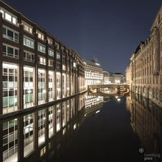 A shot of Hamburg´s Alsterfleet, the fleet (dike) connecting the Alster Lake with the river Elbe repinned by www.BlickeDeeler.de