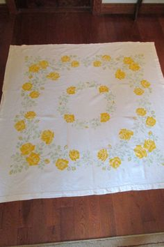 Vintage Tablecloth Yellow Roses with Greenery Linen by rarefinds4u