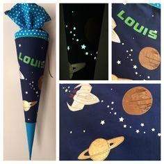Schultüte mit Planeten und Flieger, Metallik, Erde, Saturn, Jupiter, Leuchtsterne, Sterne die leuchten