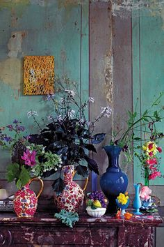 See Inside a Carefully Excavated Antwerp House - Interior ideas – colorful, colorful, eye-catching – wonderful interior ideas for the living roo - Estilo Kitsch, Stained Glass Door, Antwerp, Feng Shui, Interior Inspiration, Color Inspiration, Writing Inspiration, Bunt, Flower Arrangements