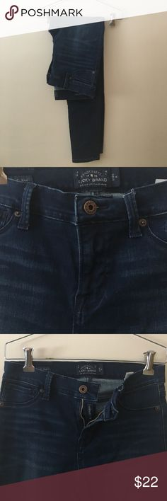 Lucky Brand skinny jeans Small imperfection shown in pictures, not very noticeable on Lucky Brand Jeans Skinny