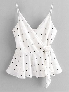 2019 Cami Dots Wrap Tank Top The most beautiful picture for fitness videos photogra . Casual Skirt Outfits, Crop Top Outfits, Trendy Outfits, Summer Outfits, Cute Outfits, College Fashion, Teen Fashion, Fashion Outfits, Fashion Clothes