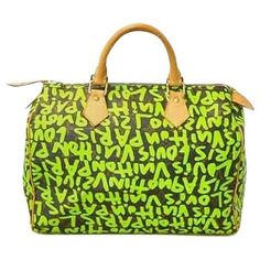 Pre-owned Louis Vuitton Sprouse Vert Monogram Graffiti Speedy 30 Vert... ($1,820) ❤ liked on Polyvore featuring bags, handbags, louis vuitton handbags, louis vuitton, monogrammed bags, louis vuitton bags and pre owned bags