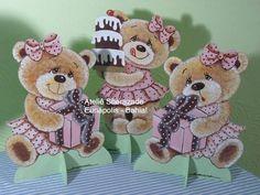 Enfeite de Mesa - Ursa com Poá rosa e ma