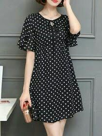 Black A-line Bell Sleeve Polka Dots Plus Size Plus Size Casual Dress Plus size women fasion moda dreBuy Casual Dress For Women at JustFashionNow. Online Shopping JustFashionNow Black Women Casual Dress Crew Neck A-line Going out Dress Short Sleeve Ch Floral Plus Size Dresses, Casual Dresses Plus Size, Plus Size Casual, Simple Dresses, Awesome Dresses, Mode Outfits, Fashion Outfits, Dress Fashion, Fashion Clothes