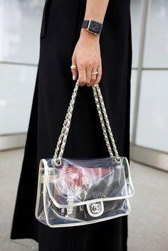 // Atlantic-Pacific Jelly Bag, Transparent Bag, Luxury Marketing, Chanel Handbags, Chanel Bags, Popular Bags, Clear Bags, Chain Shoulder Bag, Vintage Handbags