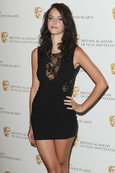 34598_Kaya_Scodelario_atBritish_Academy_Television_Craft_Awards_016_122_136lo.jpg (2848×4273)