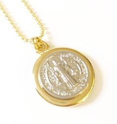 Check out St Benedict necklace, St Benedict medal, Gold plated Necklaces, Catholic Jewelry, Religious Jewelry, Catholic Necklace, Collar San Benito on mariacruz