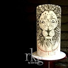 Rkg - sugar art by Zoe Byres Doodle Cake, Lion Cakes, Circus Wedding, Hand Painted Cakes, Character Cakes, Cake Gallery, Jungle Animals, Sugar Art, Cute Cakes