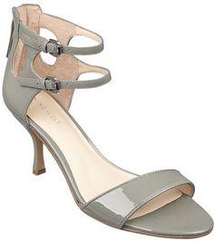 #NineWest                 #Women #Shoes             #sandal #sole #ankle #closure #zipper #double #single                         QUETU                     Double ankle buckle single sole 3 sandal. Back zipper closure.                http://pin.seapai.com/NineWest/Women/Shoes/1122/buy