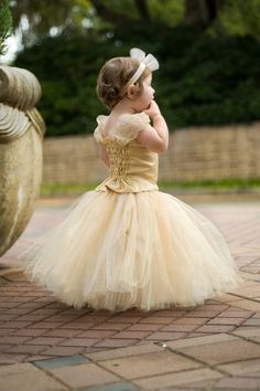beautiful flower girl .